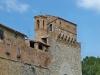San Gimignano, mura e Porta San Giovanni
