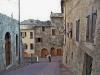 San Gimignano, turisti inglesi suonano a una casa privata in cui una signora che parla solo italiano si è reinventata B&B