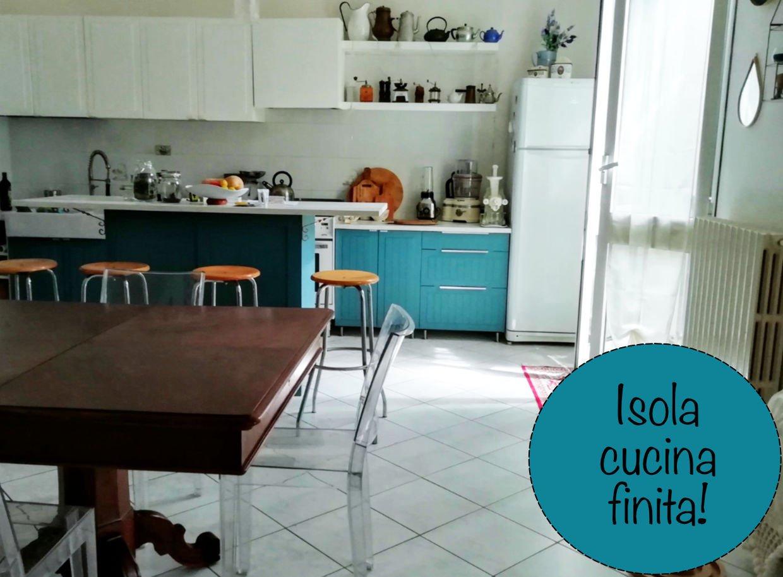trasformazione credenza in isola cucina