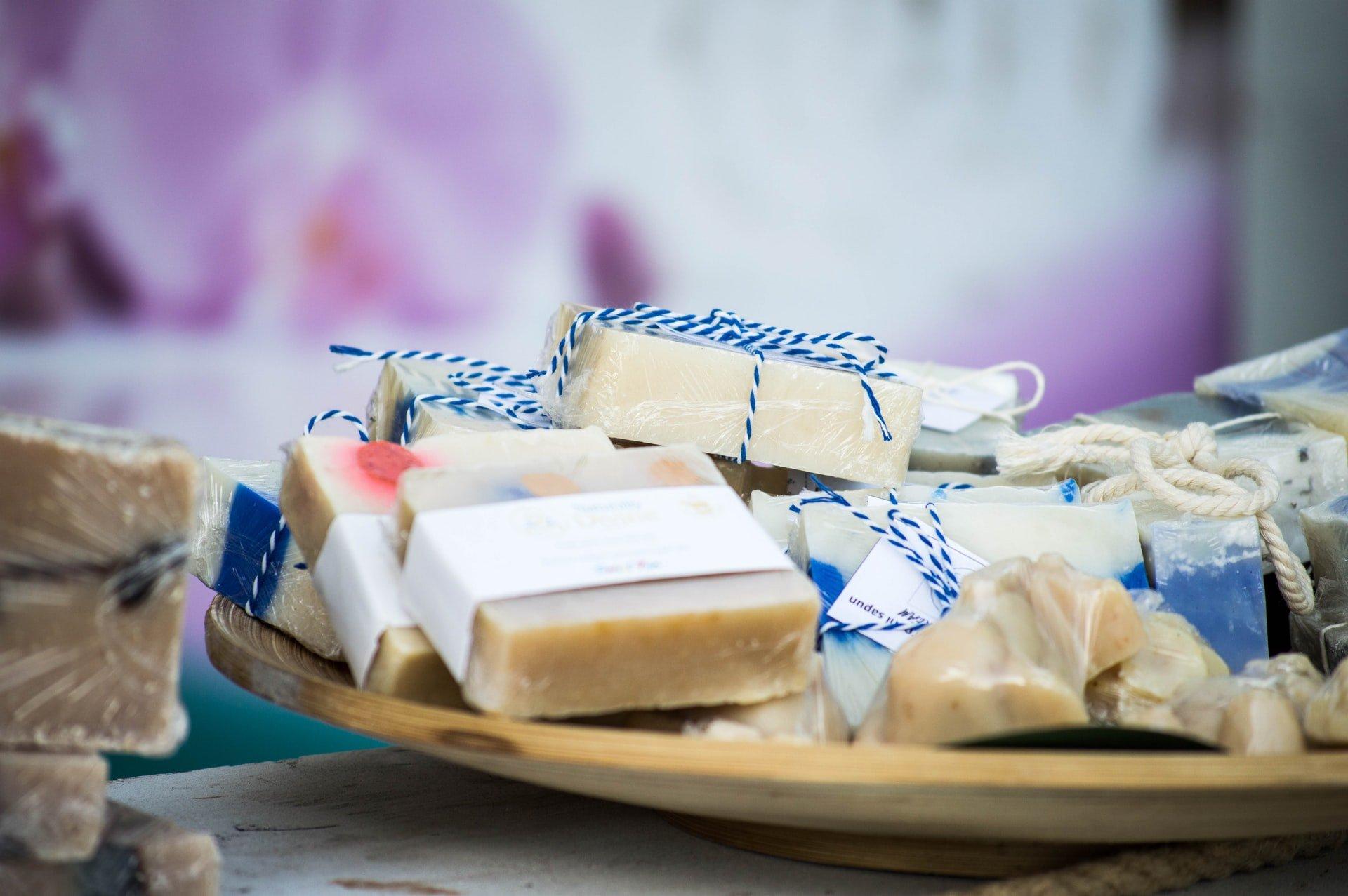 saponi prodotti a mano, autoproduzione