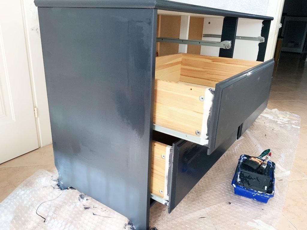 restauro cassettiera, la seconda mano